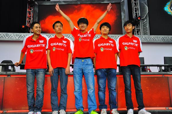WE你們是代表中國的世界強隊!S2賽後感