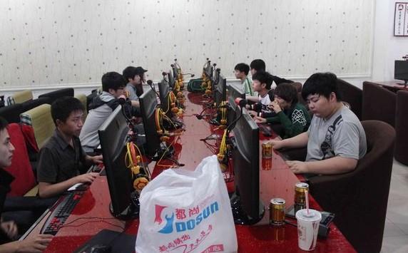 WEM明天開戰 WE,IG齊聚杭州緊張訓練