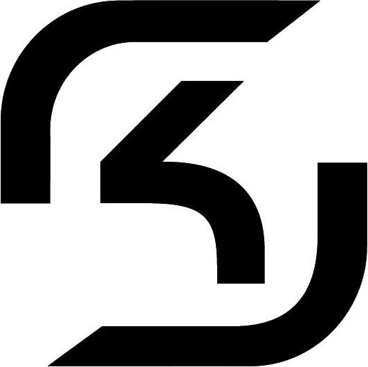 SK Gaming 雖夏季賽在四強被 Alliance 給擠下決賽資格,不過隨後他們還是取得世界賽門票。隊伍中最知名的當然是唯一從2013 年奮戰至今的 AD Carry  CandyPanda,與 Bebe 同樣在職業早期以崔絲塔娜聞名,在現今下路 Meta 下無非是如魚得水。而選用寇格魔時搭配 nRated 的凱爾,更成為 SK Gaming 令人畏懼的下路組合;至於季後賽表現最耀眼的無非是 TOP 選手 fredy122,搭配了穩定的新秀 Svenskeren、Jesiz,往往在會戰中給 Candy